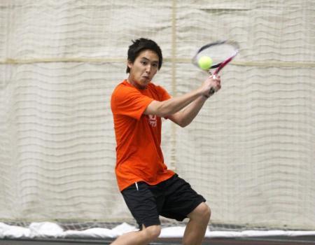 mens tennis clinch share - 450×350